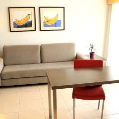 Aqua Hotel Montagut Suites комната для гостей фото 2