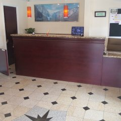 Отель Holiday Motel Oakdale интерьер отеля фото 2