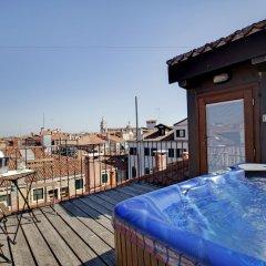 Отель Dona Palace Италия, Венеция - 2 отзыва об отеле, цены и фото номеров - забронировать отель Dona Palace онлайн бассейн фото 3