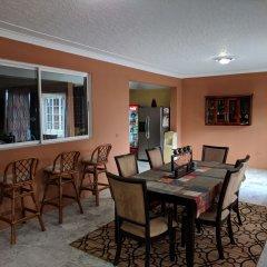Отель Rockhampton Retreat Guest House гостиничный бар
