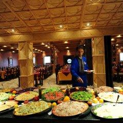 Отель Kasbah Hotel Tombouctou Марокко, Мерзуга - отзывы, цены и фото номеров - забронировать отель Kasbah Hotel Tombouctou онлайн питание фото 3