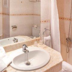 Отель Port Mar Blau Adults Only Испания, Бенидорм - 1 отзыв об отеле, цены и фото номеров - забронировать отель Port Mar Blau Adults Only онлайн ванная фото 2