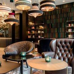 Отель Motel One Frankfurt-Römer интерьер отеля фото 2