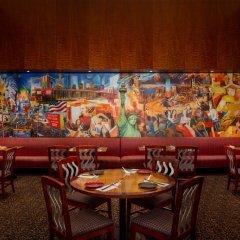 Отель Millennium Times Square New York США, Нью-Йорк - отзывы, цены и фото номеров - забронировать отель Millennium Times Square New York онлайн питание фото 3