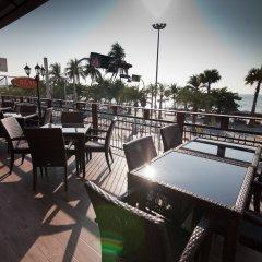 Отель The Beach Front Resort Pattaya питание фото 3