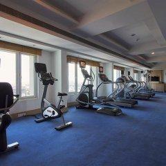 Отель Radisson Hyderabad Hitec City фитнесс-зал фото 3
