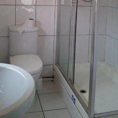 Отель Acacia Hostel Великобритания, Лондон - отзывы, цены и фото номеров - забронировать отель Acacia Hostel онлайн ванная