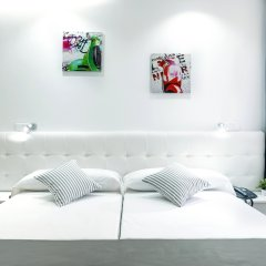 Отель BlueSense Madrid Génova комната для гостей