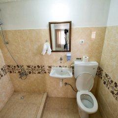 Yellow Rose Pansiyon Турция, Канаккале - отзывы, цены и фото номеров - забронировать отель Yellow Rose Pansiyon онлайн ванная фото 2