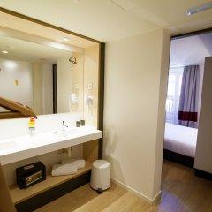 Отель Toc Hostel Madrid Испания, Мадрид - 3 отзыва об отеле, цены и фото номеров - забронировать отель Toc Hostel Madrid онлайн ванная