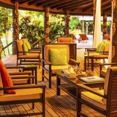 Отель Matangi Private Island Resort питание