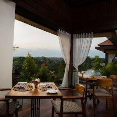 Ubud Village Hotel питание фото 3