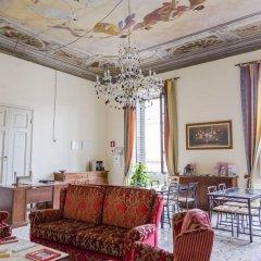 Отель San Frediano Mansion Италия, Флоренция - 1 отзыв об отеле, цены и фото номеров - забронировать отель San Frediano Mansion онлайн интерьер отеля