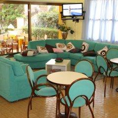 Отель Quisisana Риччоне гостиничный бар