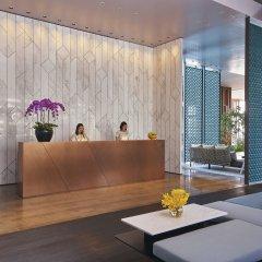Oasia Hotel Downtown Singapore интерьер отеля