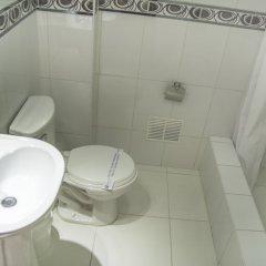 Manhattan Inn Airport Hotel ванная фото 3