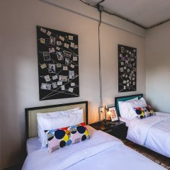 Post Factory Bed & Breakfast Sathorn Hostel - Adults Only Бангкок фото 7