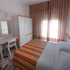 Отель Palm Beach Hotel Италия, Чинизи - 1 отзыв об отеле, цены и фото номеров - забронировать отель Palm Beach Hotel онлайн комната для гостей фото 3