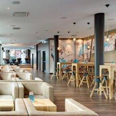 Отель Motel One Köln-mediapark Кёльн гостиничный бар