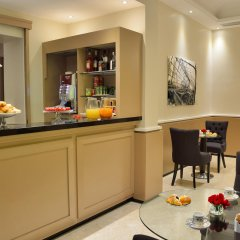 Отель Apogia Lloyd Rome Италия, Рим - 13 отзывов об отеле, цены и фото номеров - забронировать отель Apogia Lloyd Rome онлайн гостиничный бар