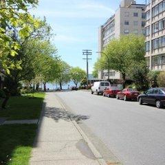 Отель English Bay Inn Bed and Breakfast Канада, Ванкувер - отзывы, цены и фото номеров - забронировать отель English Bay Inn Bed and Breakfast онлайн парковка