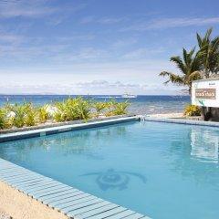 Отель Beachcomber Island Resort Фиджи, Остров Баунти - отзывы, цены и фото номеров - забронировать отель Beachcomber Island Resort онлайн бассейн фото 2