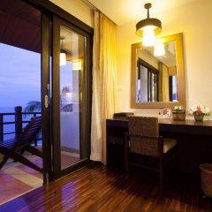 Отель Rawi Warin Resort and Spa балкон