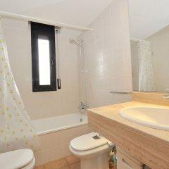 Отель Rigat Испания, Льорет-де-Мар - отзывы, цены и фото номеров - забронировать отель Rigat онлайн ванная
