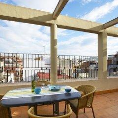 Отель Apartamentos Calvet Испания, Барселона - отзывы, цены и фото номеров - забронировать отель Apartamentos Calvet онлайн балкон