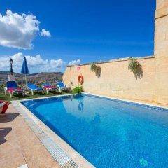 Отель Pergola Farmhouses Мальта, Шаара - отзывы, цены и фото номеров - забронировать отель Pergola Farmhouses онлайн бассейн фото 2