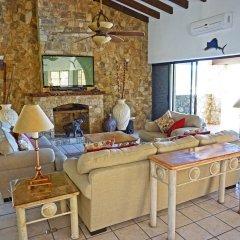 Отель Villa Gold Dome 6 Bedrooms 7 Bathrooms Villa Педрегал в номере