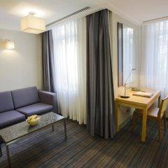 Апартаменты Housez Suites and Apartments - Special Class комната для гостей