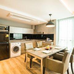 Отель Citrus Suites Sukhumvit 6 By Compass Hospitality Бангкок в номере