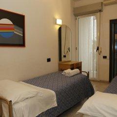 Hotel Villa Dina Римини комната для гостей фото 2