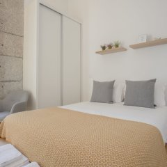 Апартаменты Liiiving In Porto Terrace & Sunny Apartment Порту комната для гостей