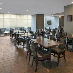 Отель Hampton Inn NY-JFK Jamaica-Queens США, Нью-Йорк - 1 отзыв об отеле, цены и фото номеров - забронировать отель Hampton Inn NY-JFK Jamaica-Queens онлайн помещение для мероприятий фото 2