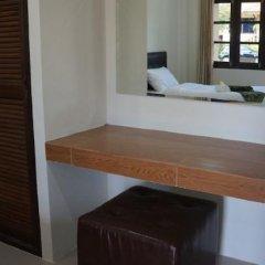 Отель Kanlaya Park Samui Самуи сейф в номере