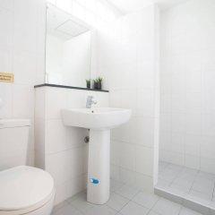 Отель The Fifth Residence ванная