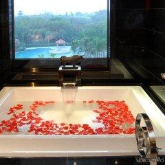 Отель InterContinental Shenzhen Китай, Шэньчжэнь - отзывы, цены и фото номеров - забронировать отель InterContinental Shenzhen онлайн ванная фото 2