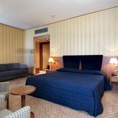 Отель CDH Hotel Parma & Congressi Италия, Парма - отзывы, цены и фото номеров - забронировать отель CDH Hotel Parma & Congressi онлайн комната для гостей фото 2