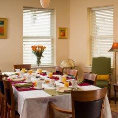 Отель Woodley Park Guest House питание фото 3