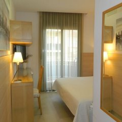 Отель Hostal House фото 5