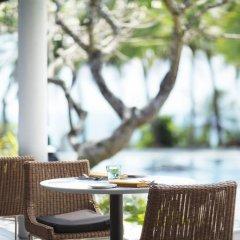 Отель Taj Bentota Resort & Spa Шри-Ланка, Бентота - 2 отзыва об отеле, цены и фото номеров - забронировать отель Taj Bentota Resort & Spa онлайн бассейн фото 2