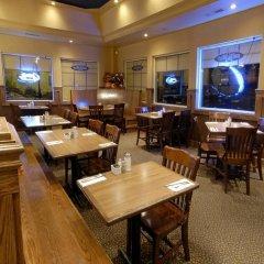 Отель Travelodge by Wyndham Ottawa East Канада, Оттава - отзывы, цены и фото номеров - забронировать отель Travelodge by Wyndham Ottawa East онлайн питание