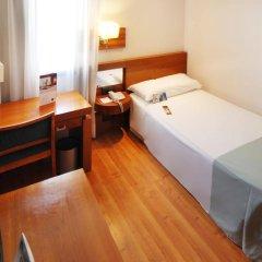 Отель Tryp Madrid Atocha Hotel Испания, Мадрид - 8 отзывов об отеле, цены и фото номеров - забронировать отель Tryp Madrid Atocha Hotel онлайн комната для гостей фото 3