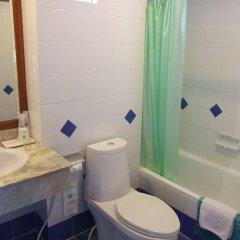 Ratchada City Hotel ванная