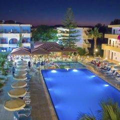 Marathon Hotel бассейн фото 2