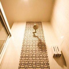 Отель The Aim Sathorn Hotel Таиланд, Бангкок - отзывы, цены и фото номеров - забронировать отель The Aim Sathorn Hotel онлайн ванная фото 2