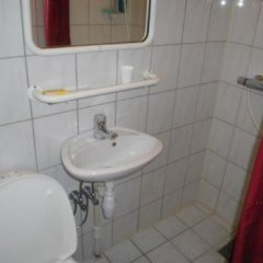 Отель City Pensjonat Норвегия, Санднес - отзывы, цены и фото номеров - забронировать отель City Pensjonat онлайн ванная