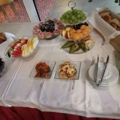 Отель Perkuno Namai Hotel Литва, Каунас - 2 отзыва об отеле, цены и фото номеров - забронировать отель Perkuno Namai Hotel онлайн питание фото 2